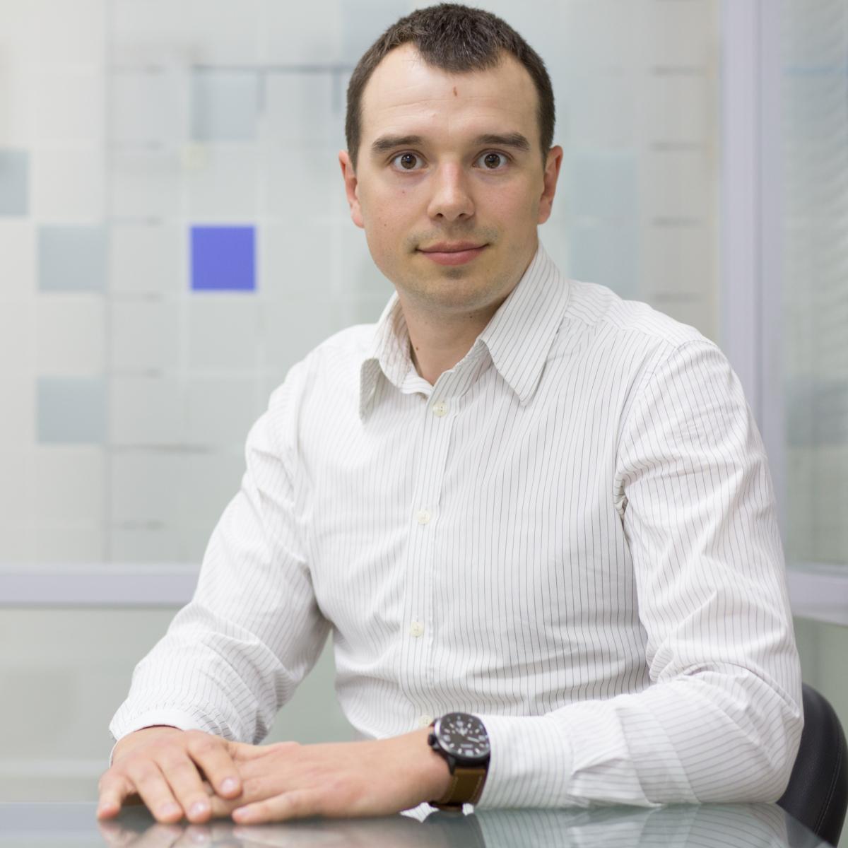 Николай Ковальов